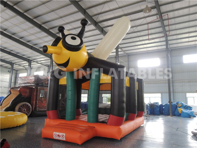 Lovely Bee Bounce House