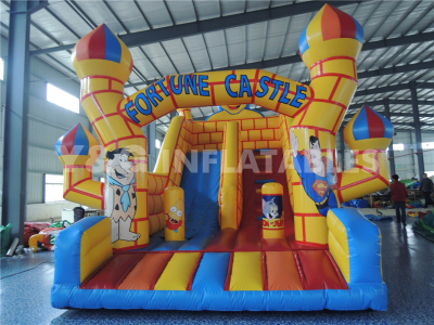 Interesting Inflatable Castle With Slide   YC-13