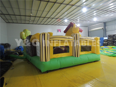 Bouncy farm house   YF-04