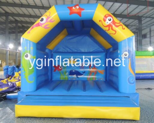 Know the equipments needed to run inflatable bouncers business